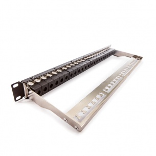 Patch panel, Category 5E, 24xRJ45/u, čierny, osadený
